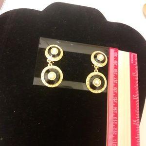 Vintage Dangling Clip On earrings